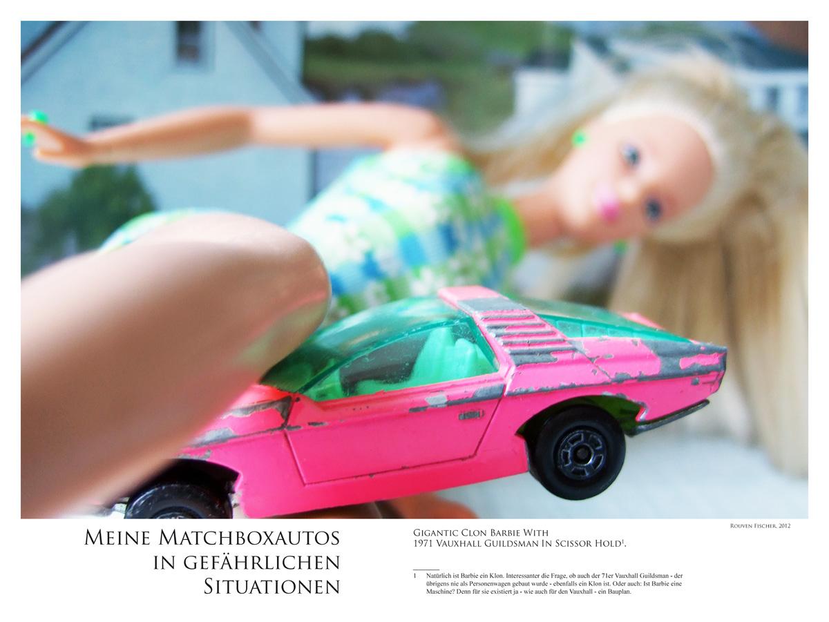Karate-Barbie-und-Vauxhall-Guildsman